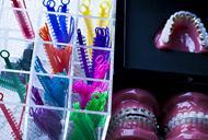 Ce trebui sa stii despre aparatele dentare