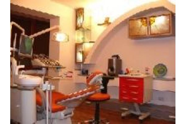Dental West - 3.jpg