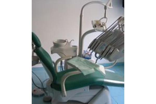 ARMONIA DENT - Cabinet Stomatologic - Scaun.jpg