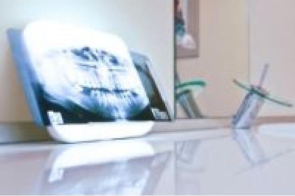 Dental Studio - dent1.jpg