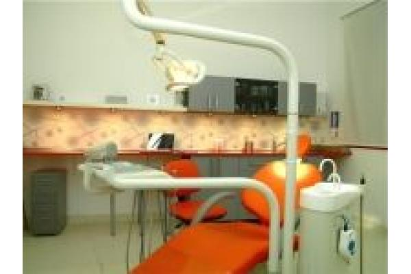 Dental Studio - dent4.jpg