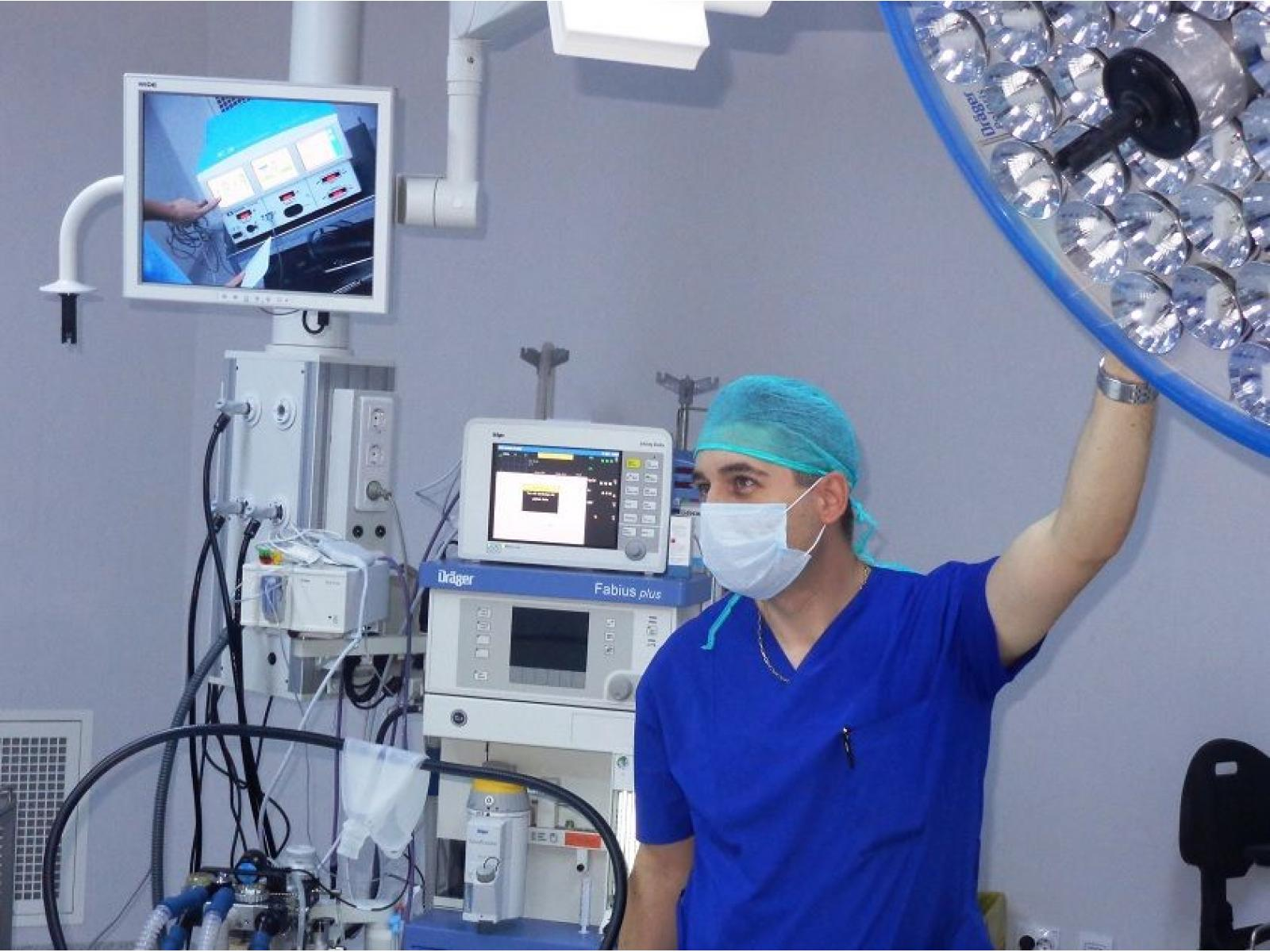 Spitalul OncoFort - spital_oncofort_bloc_operator(m).JPG