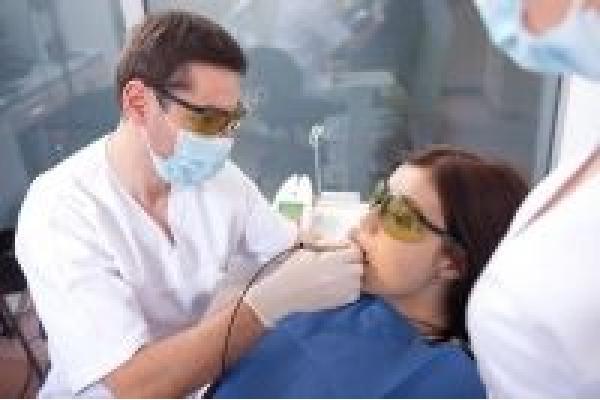 Ambra Clinica Dentara - 422633_162650130522860_162397787214761_230474_900810923_n.jpg