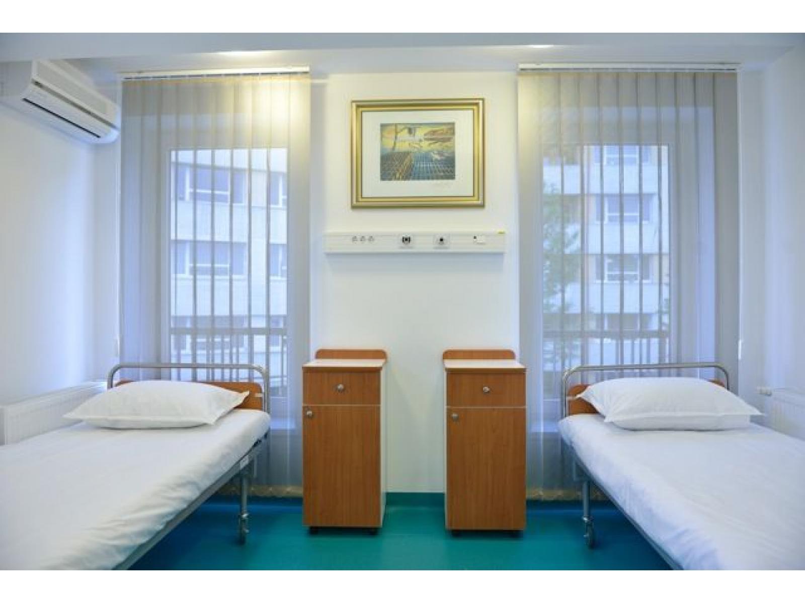 Clinica  VenArt - Salon_2_paturi.jpg