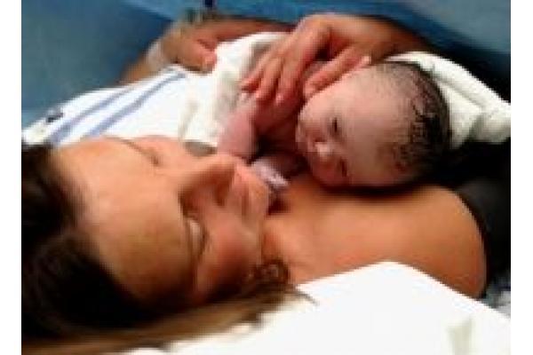 Cabinet Individual de Psihologie Nicoleta Andrei - mama_baby1.JPG