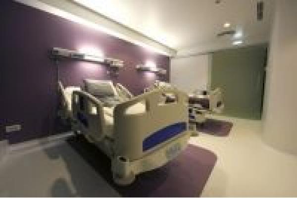 Clinica Zetta - 8_salon_chirurgie_estetica_640_427_95.jpg