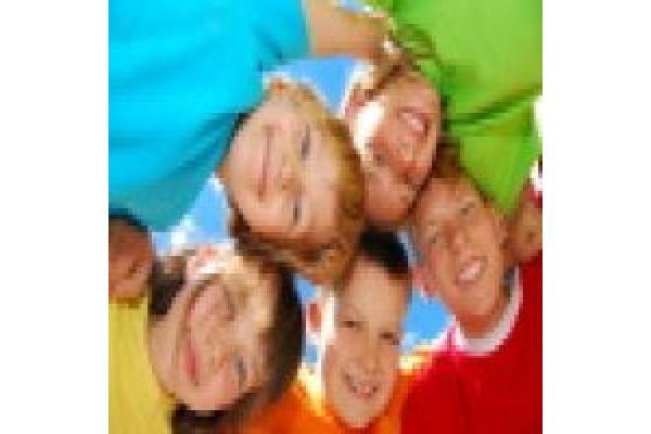 Monica Bolocan - Cabinet de psihologie pentru copii, adolescenti si... - stock-photo-4107146-happy-kids.jpg