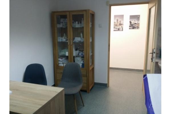Cabinet Dermatovenerologie Dr. Belmega Calin Andrei - cabinet2.jpg