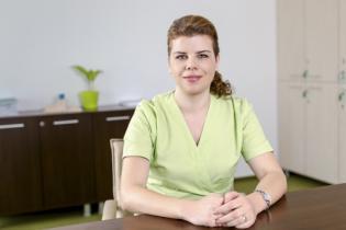 Dr.Raluca Caraivan, Medic specialist gastroenterologie