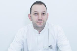 Ș.L. Univ. Dr. Adrian Paul Suceveanu, Medic specialist gastroenterologie și medicină internă