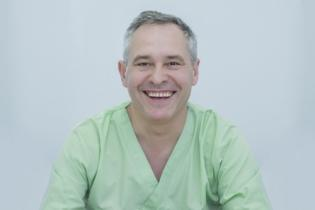 Prof. Univ. Dr. Vladislav Braşoveanu, medic primar chirurgie generala