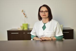 Dr.Dr. Iulia Belc, Medic primar recuperare și reabilitare medicală