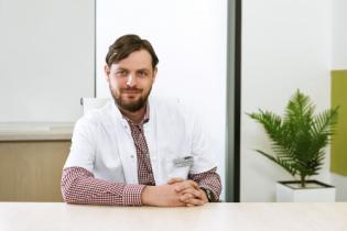 Asist. Univ. Dr. Răzvan Chirică, Medic specialist cardiologie