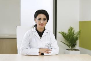 Dr.Mrini Fildis, Medic Specialist Oftalmologie