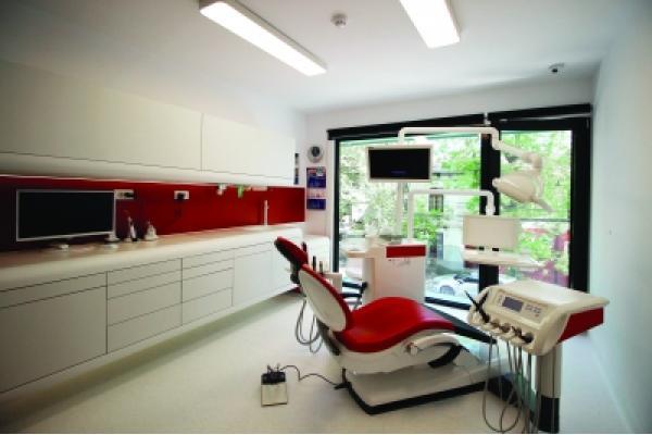 Centrul De Stomatologie Trident - IMG_0443.jpg