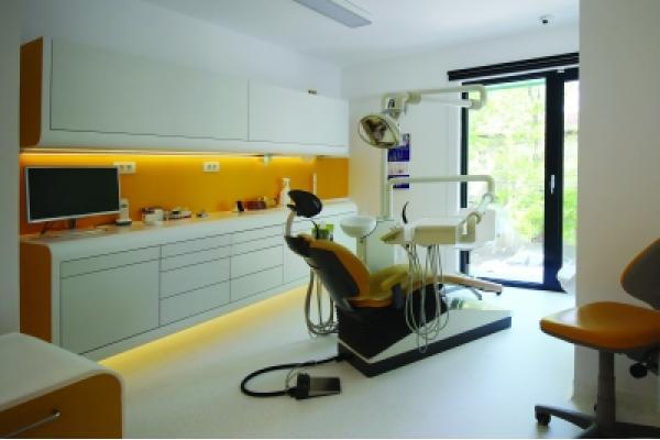 Centrul De Stomatologie Trident - IMG_0457.jpg