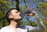 Beneficiile apei asupra detoxifierii ficatului