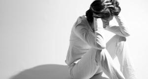 Depresia – cauze, simptome, tratament