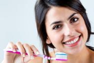 Periajul dentar de doua ori pe zi vs periajul dentar o data pe zi