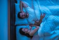 Afecteaza partea pe care dormi sanatatea?