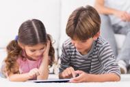 Poate influenta tehnologia perceptia si modul de gandire al copiilor?