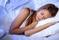 13 cauze posibile ale transpiratiilor nocturne