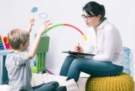 Copilul meu nu vorbeste. Cand este cazul sa apelezi la un logoped?